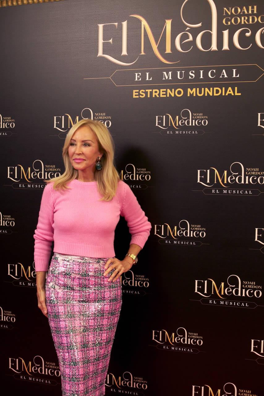 Carmen Lomana, en el estreno de El Médico, El Musical
